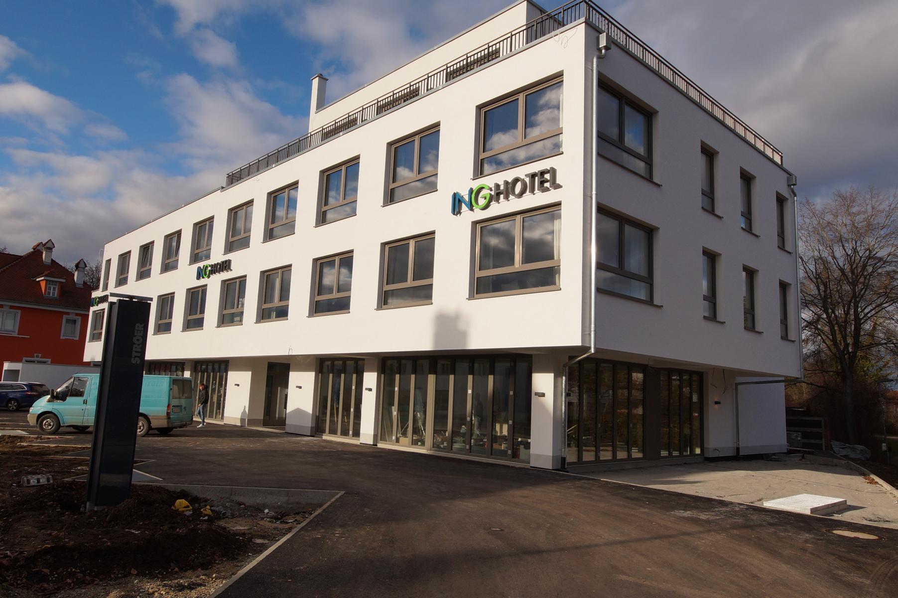 Neubau Geschäftshaus nahe Ingolstadt Stadtmitte: Ladenfläche – 172 m²